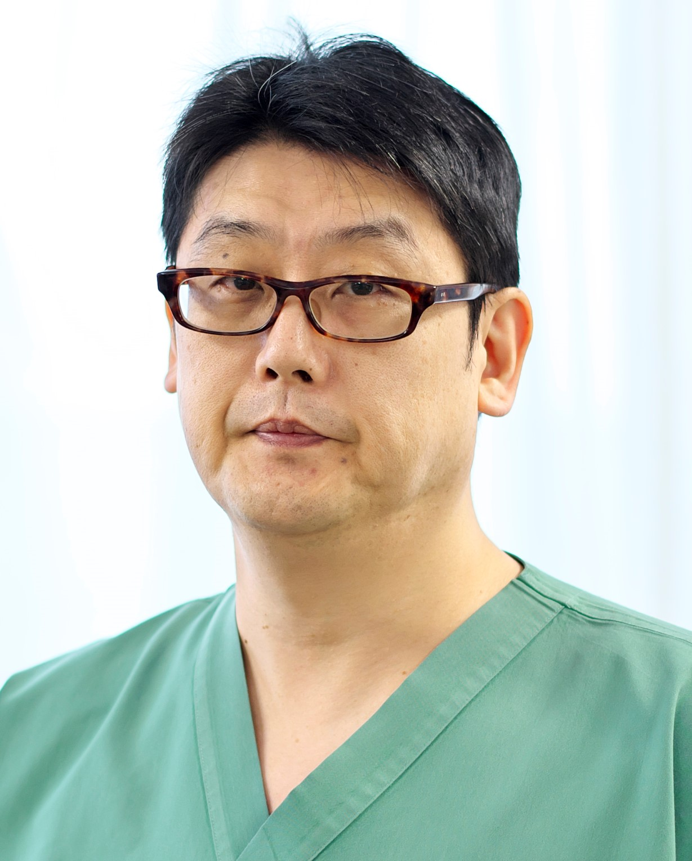 吉川外科部長.jpg